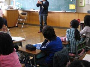 子供たちも熱心に聞いてくれました。